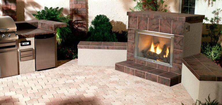 HNG Dakota gas outdoor fireplace