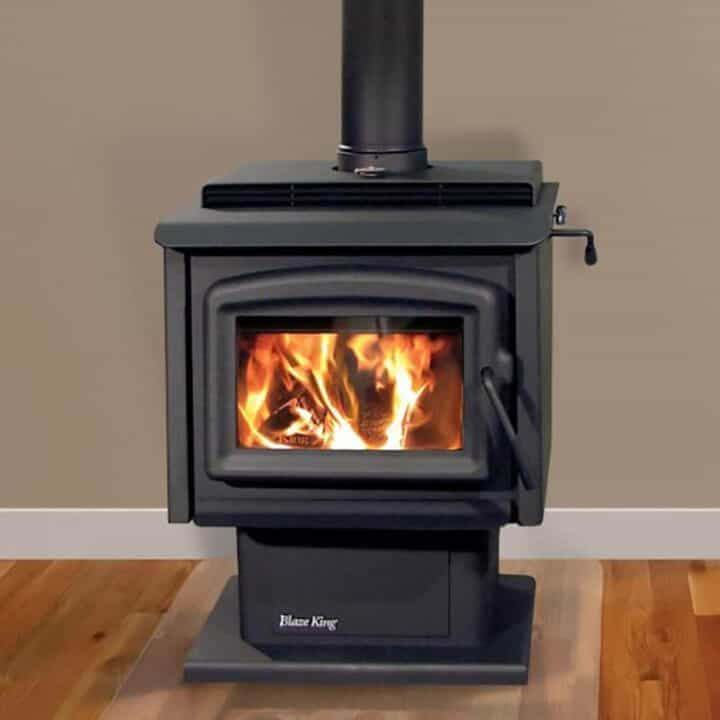 Sirrocco 20 with Pedestal